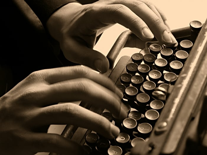 applying touch typing techniques on a classic typewriter